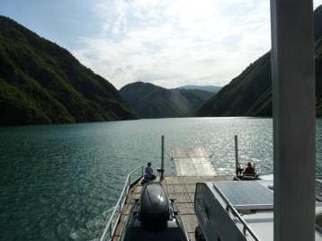 2016-08-02; Fährfahrt auf dem Komanisee 18