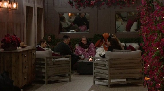 Celebrity Big Brother Day 16 Live Feeds