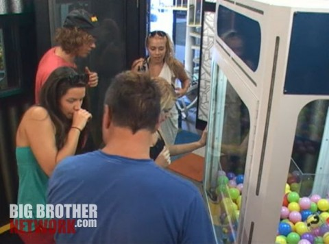 Pandora's cube arrives on Big Brother 14