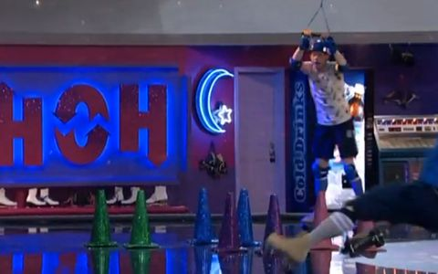 Spencer falls in the HoH comp