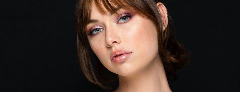 Grace & Stella Anti-Wrinkle + Energizing Gold Collagen Eye