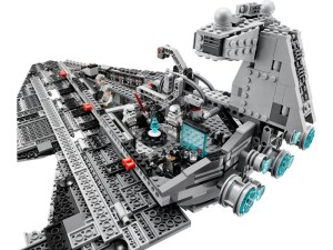 LEGO 75055 Imperial Star Destroyer