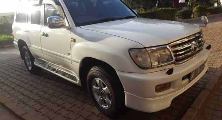 Toyota Land Cruiser For Hire