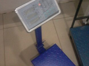 Stainless steel top platform scale with rail in kampala