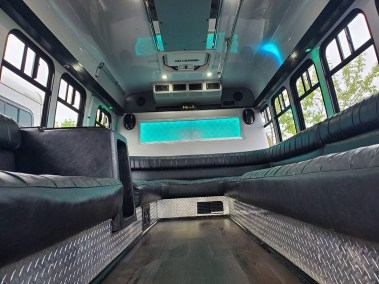 20190516 174638 - 16 Passenger<br>450 Party Bus</br>Limo #29