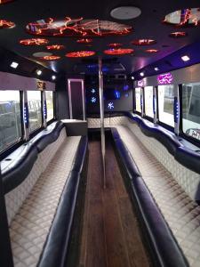 bus 30 interior 6 - Bus 30 Interior 6