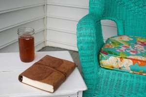 You Hem Me In {Bible Journaling Devotional}
