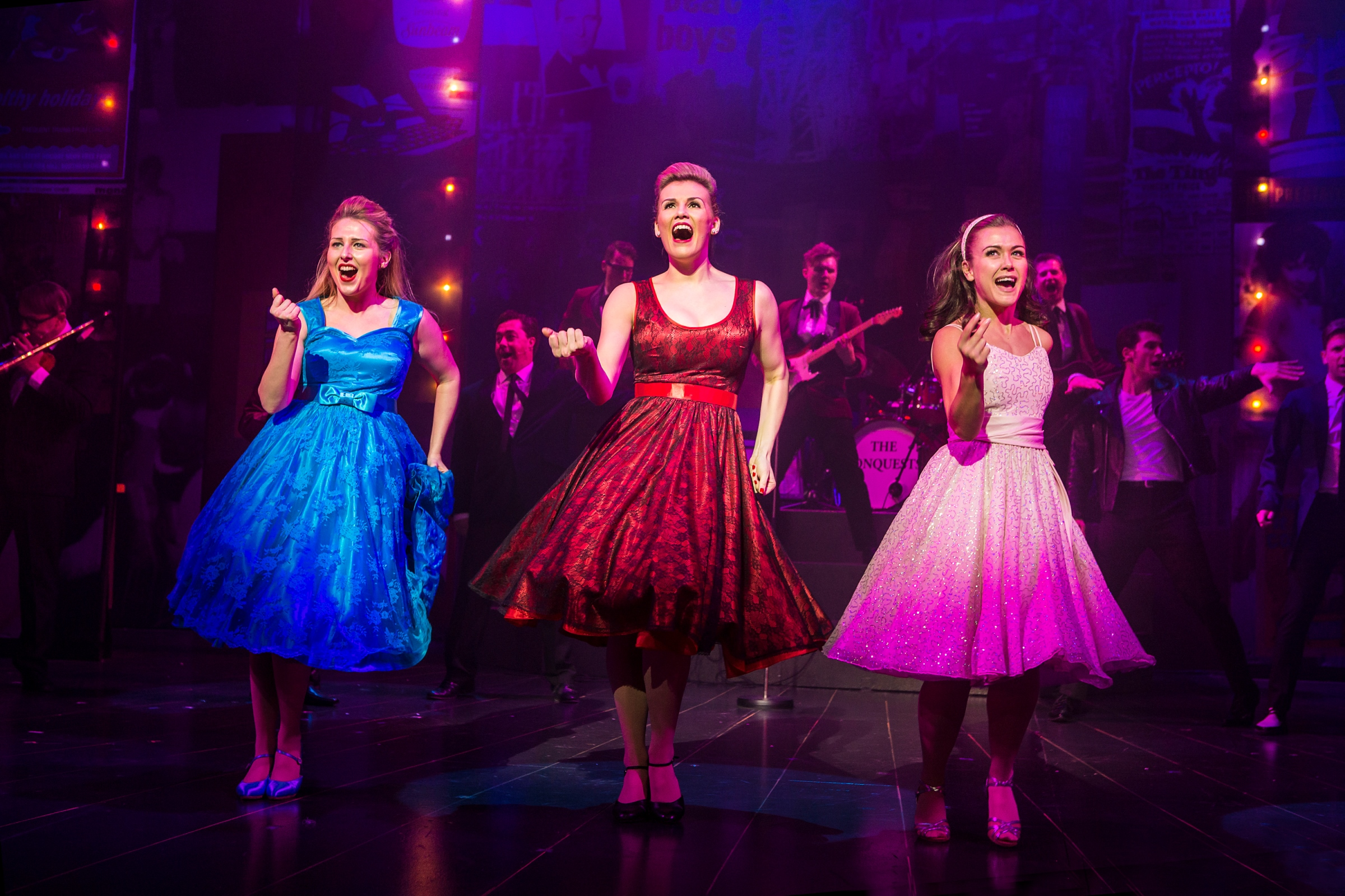 Dreamboats and Petticoats Stage show