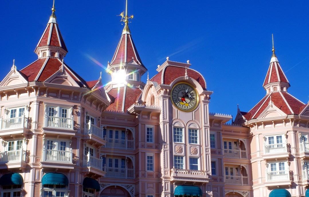 Staying At the Disneyland Hotel at Disneyland Paris