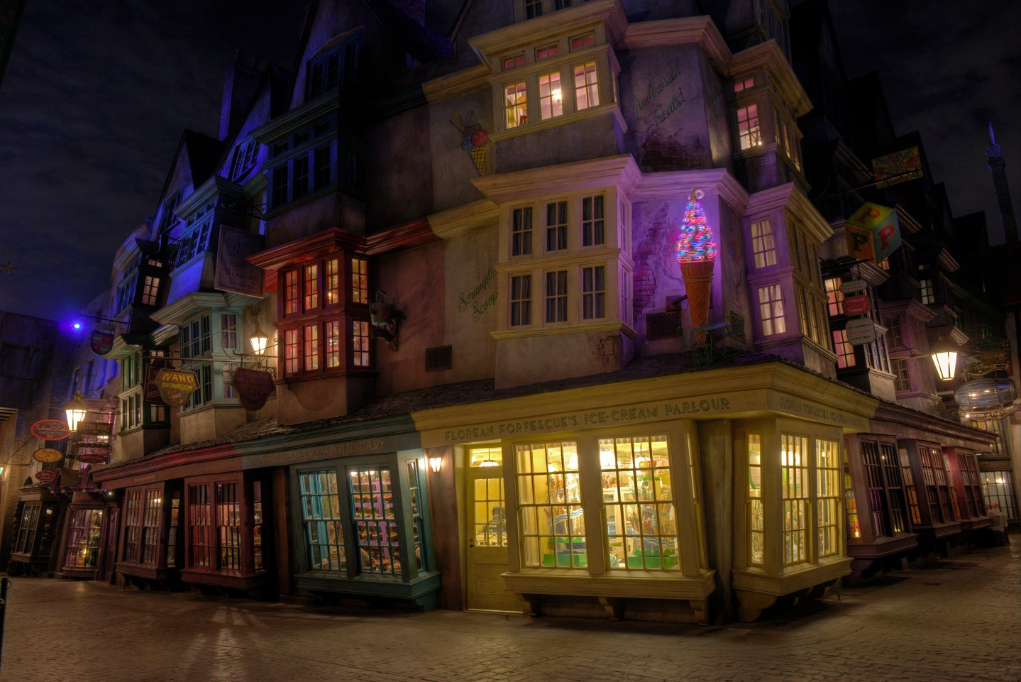 Best Restaurants/Foods to Try at Wizarding World of Harry Potter