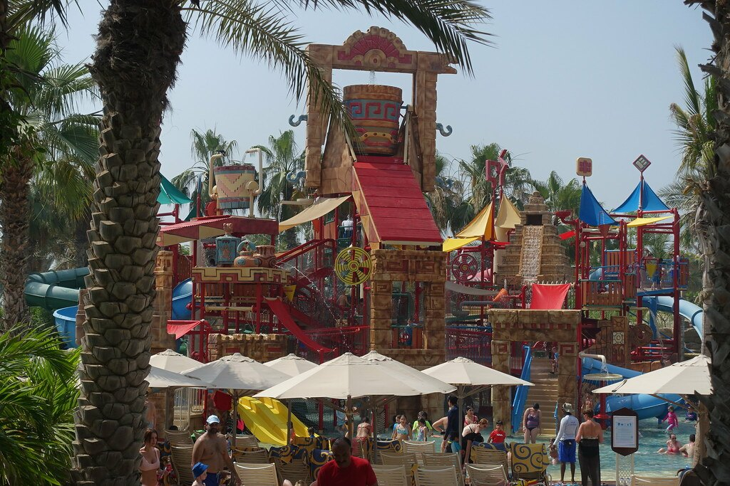 Best Kids Friendly Theme Parks in Dubai Aquaventure Waterpark