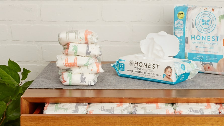 Essentials Travelling with kids - wipes