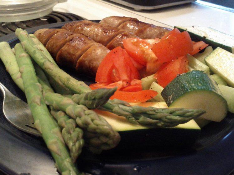 paleo dinner sausage raw vegetables asparagus
