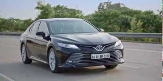 Toyota Camry - Director's Cut