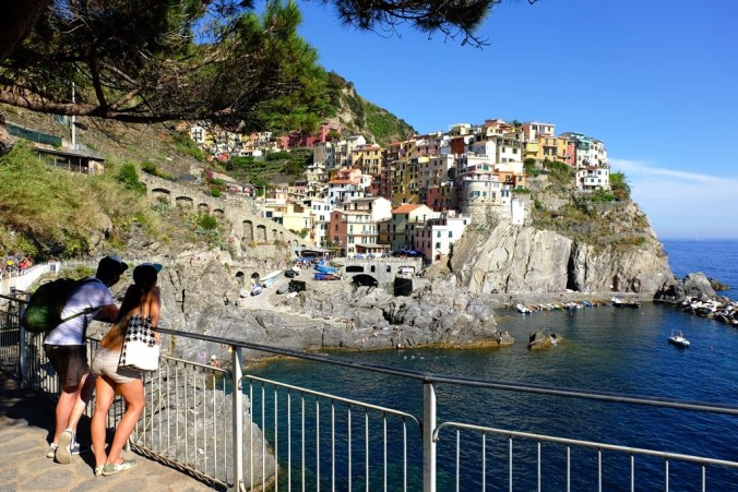 The walkway below Nessun Dorma and the lovely view back to Manarola
