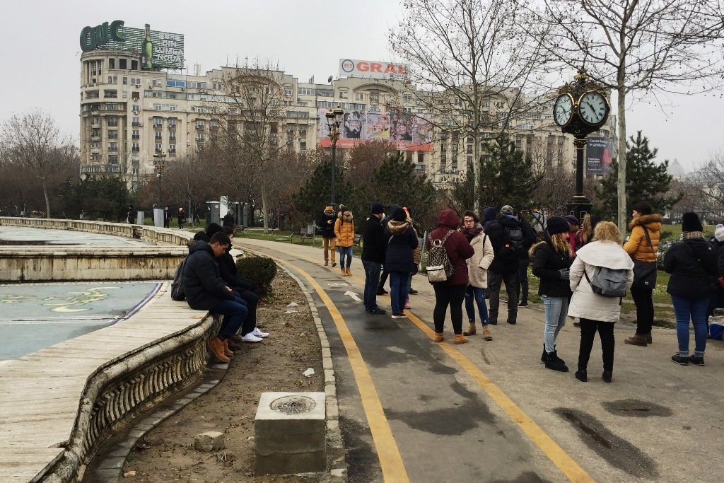 The Bucharest walking tour meeting point at Unirii Square Park