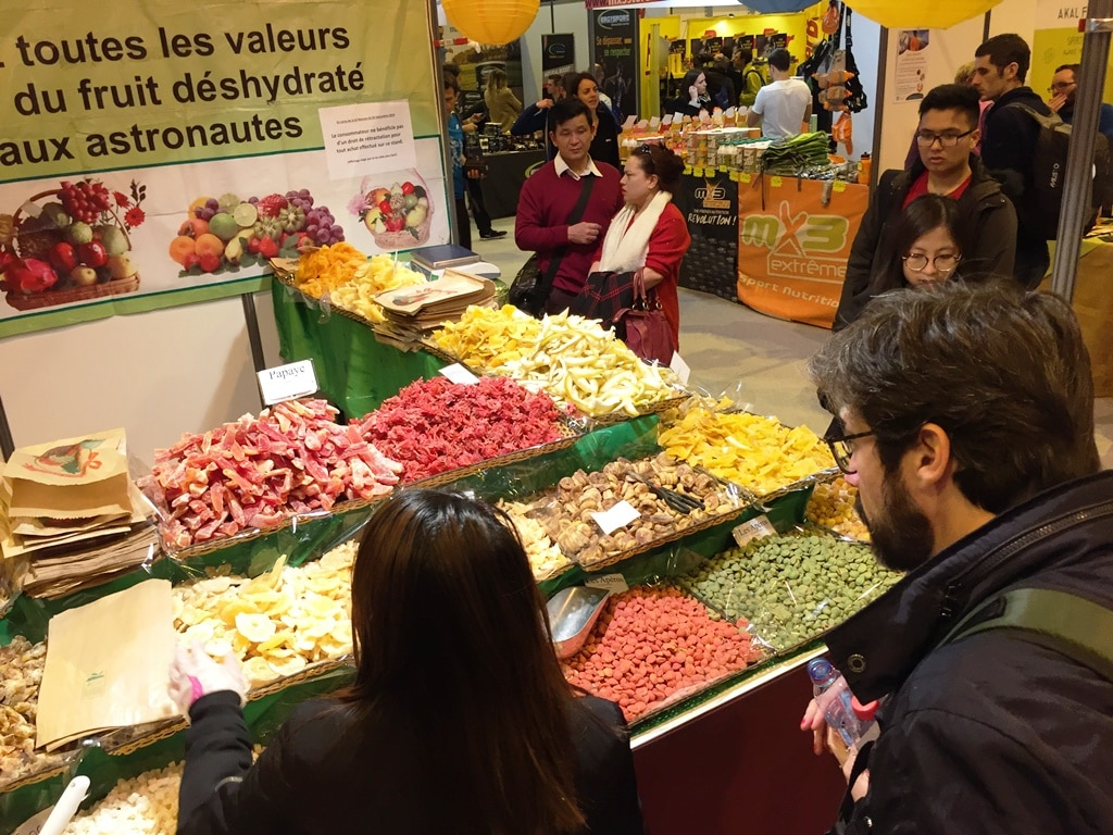 Paris Marathon tips - expensive exotic fruit nibbles at the expo