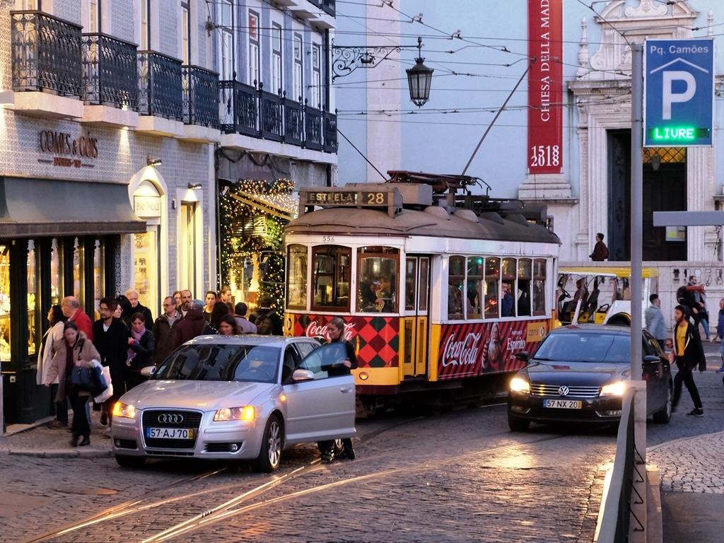 A car blocking a 28 tram