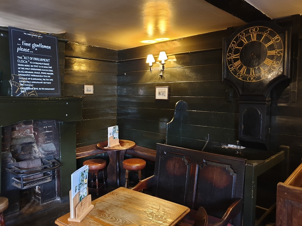 Inside of the Parliament Bar at the George along Borough High Street