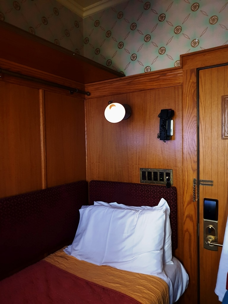 The Jane Hotel cabin room single bed
