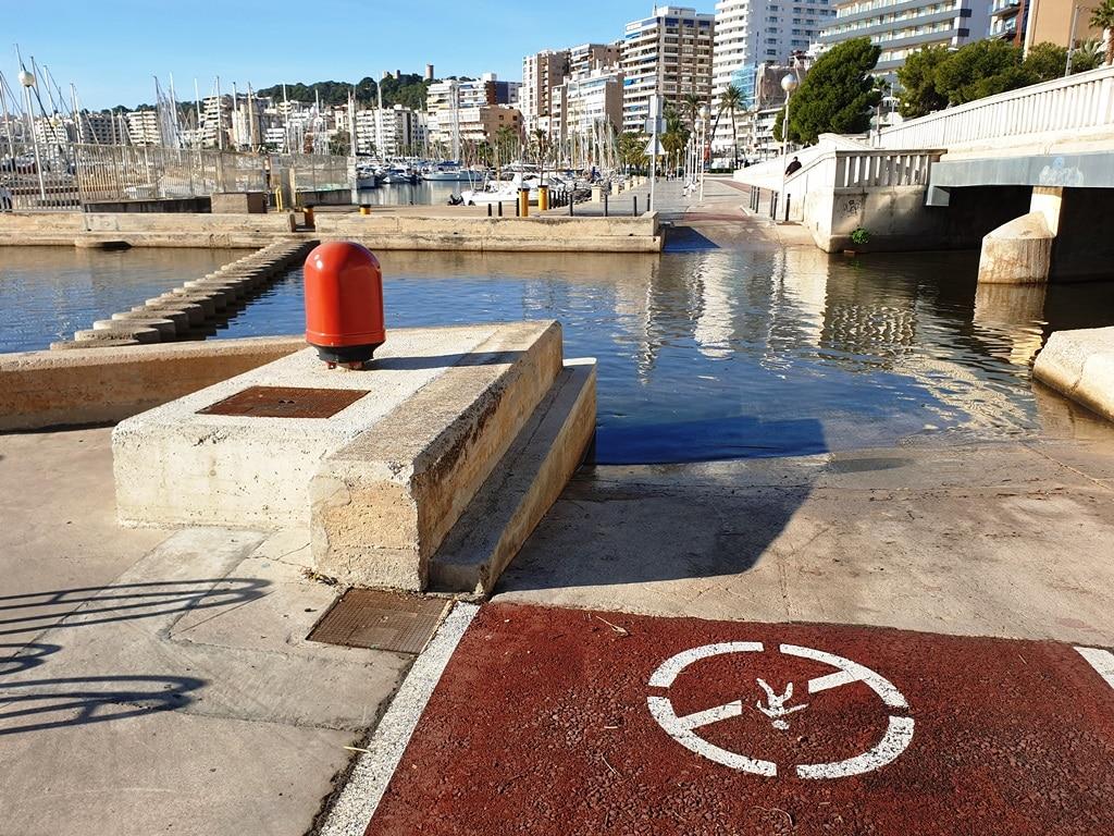 Mallorca port bike route river crossing