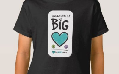 Apparel – Live Life with a Big Heart (on dark)