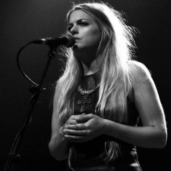 Jo Harman chats to Robert Elms as 'Cloudy' continues to attract yet more airplay love…