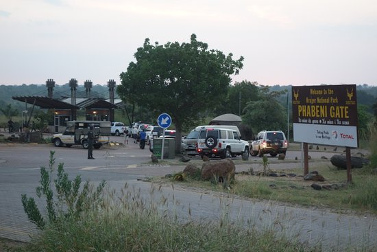 the Best gate to use to enter the Kruger Park
