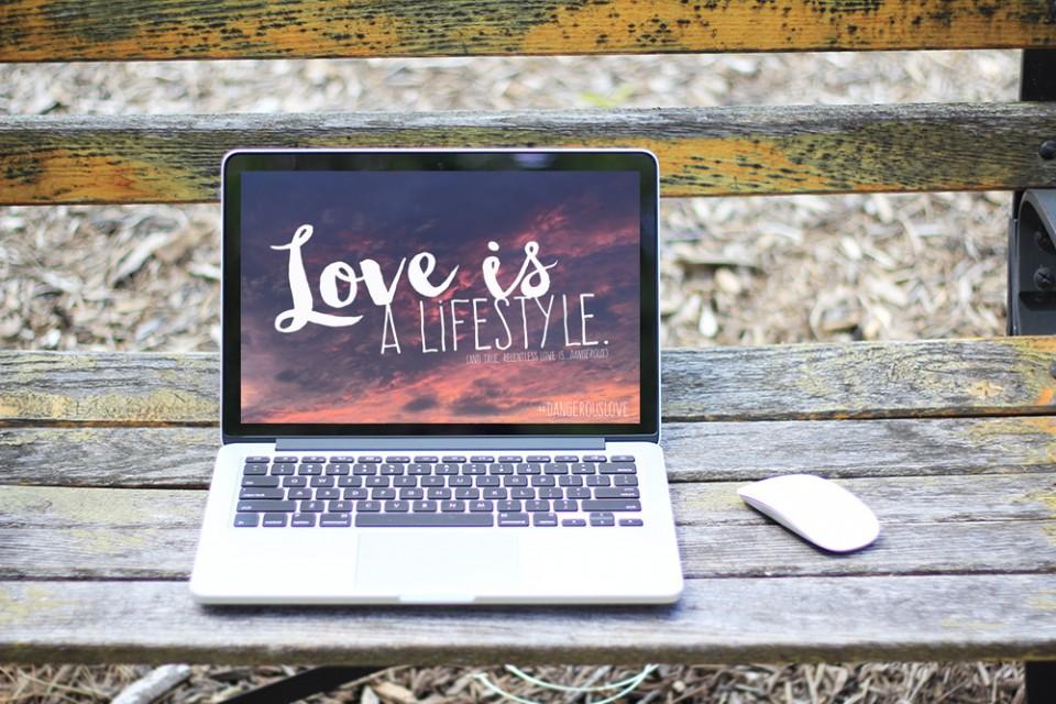 Homepage on Mac Screen