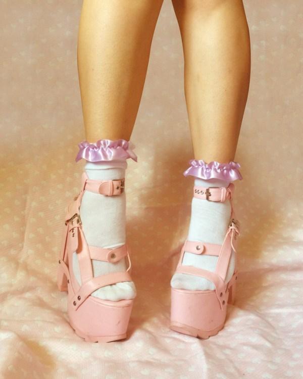 lilac-purple-handmade-frilly-socks