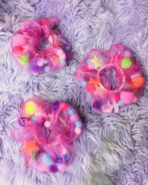 rainbow-confetti-scrunchies-hair-ties