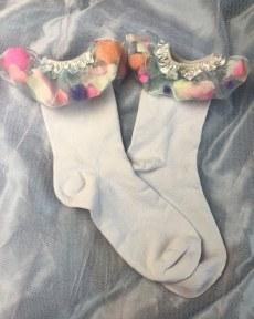 confetti-shaker-white-ankle-socks