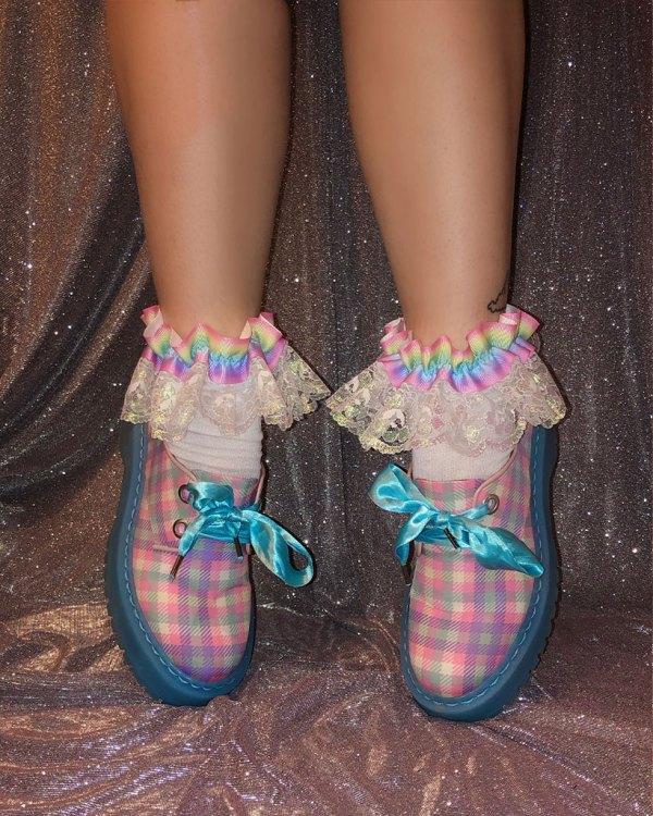 kawaii-pastel-rainbow-iridescent-lace-socks