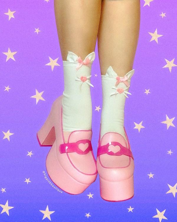 white-kawaii-cute-kitty-cat-ankle-socks
