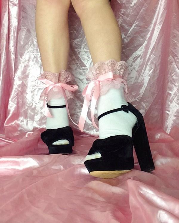 pink-frilly-lace-socks-satin-ribbon-bow-ties