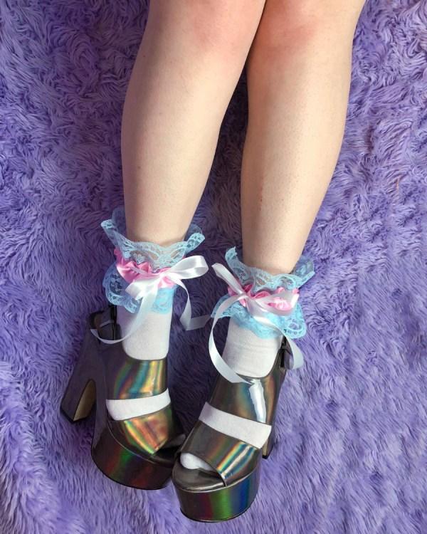 transgender-pride-flag-frilly-cute-socks-blue-pink-white-lace-ribbon