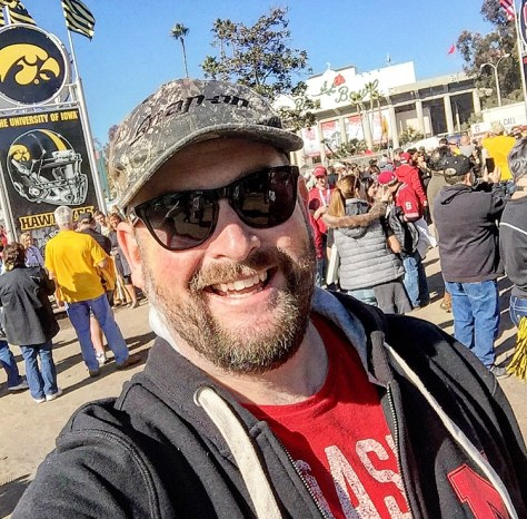 OUTSIDE THE ROSE BOWL