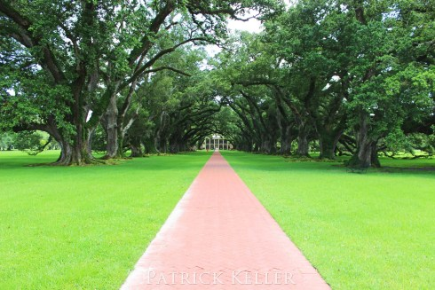 Oak Alley Plantation in Vacherie, Louisiana, BigSeance.com