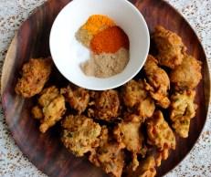 Hakurei Turnip and Spring Onion Pakora https://bigsislittledish.wordpress.com/2014/06/22/hakurei-turnip-and-spring-onion-pakora-with-chat-masala-farmshare-cooking/