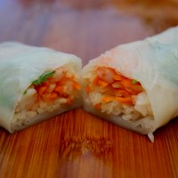Salad Rolls with Dipping Sauce