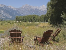 The homesite is woven with spring creeks, wetlands and bordered by the Snake River along with subtle views of the Teton Range in the distance.