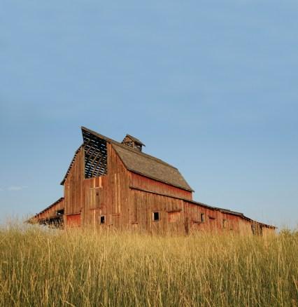 BSJ_Barns_Montana_img_14.jpg
