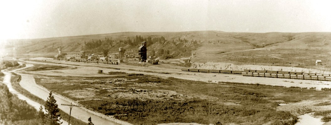 At various times from the early 1900s to the mid-1980s, Brewery Flats was the site of a railroad yard, coal mine, oil refinery, feedlot, and, as the name indicates, a brewery. Photo courtesy of Lewistown Library Archives