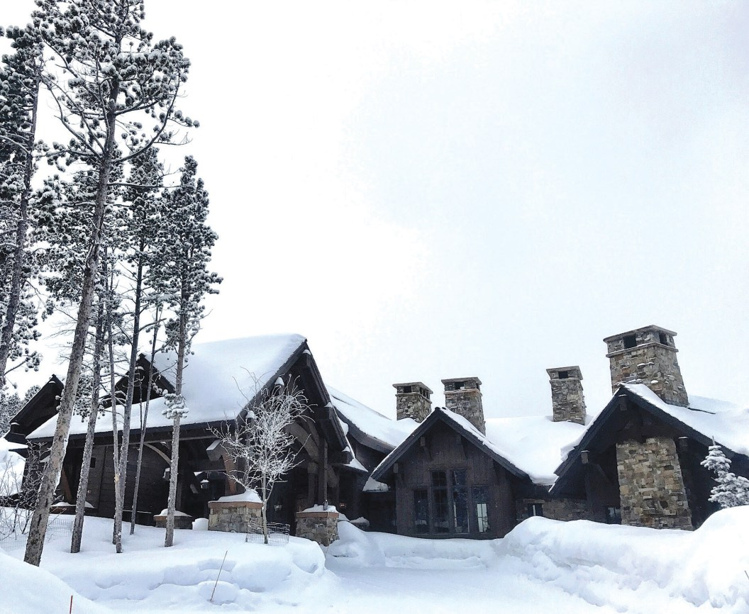 This Big Sky Residence, located on the top of Andesite Ridge at an elevation of approximately 8,800 feet, recently had an oxygen system installed by Energy 1, using equipment from The Oxygen Company.