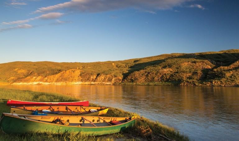 Canoe the Mighty Missouri | Photo by Chuck Haney