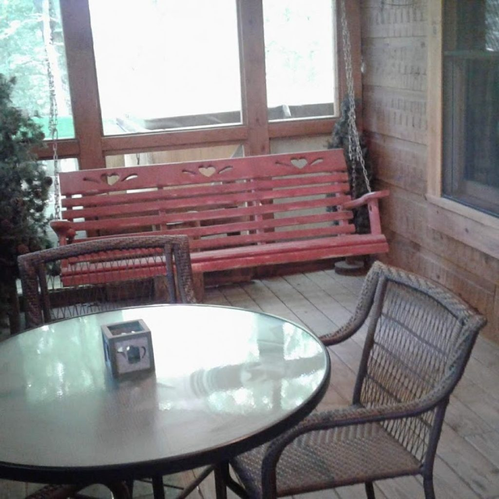 Screened eating porch