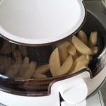 chips cooking in tefal actifry