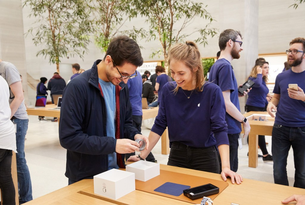 best tech companies to work for Apple