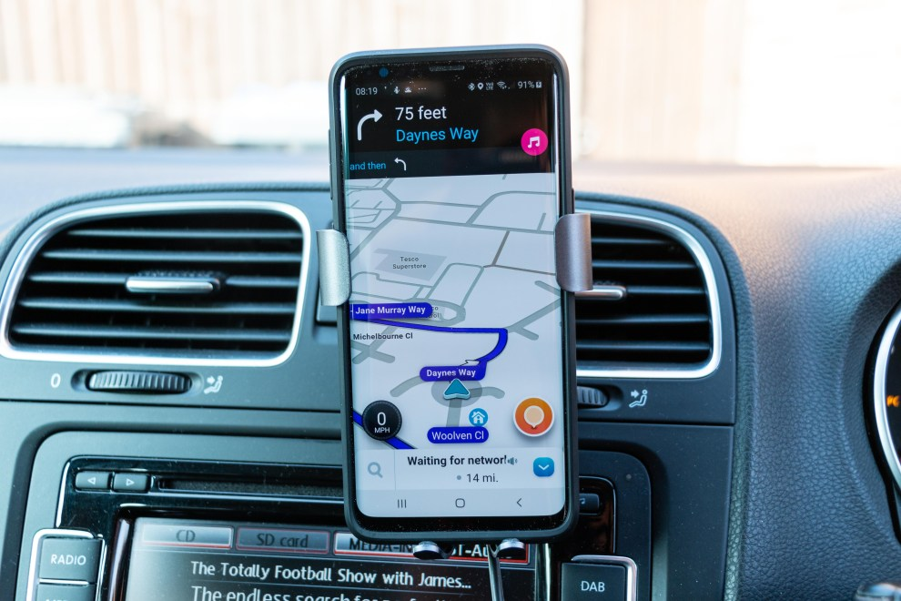 Steanum Wireless Car Charger review