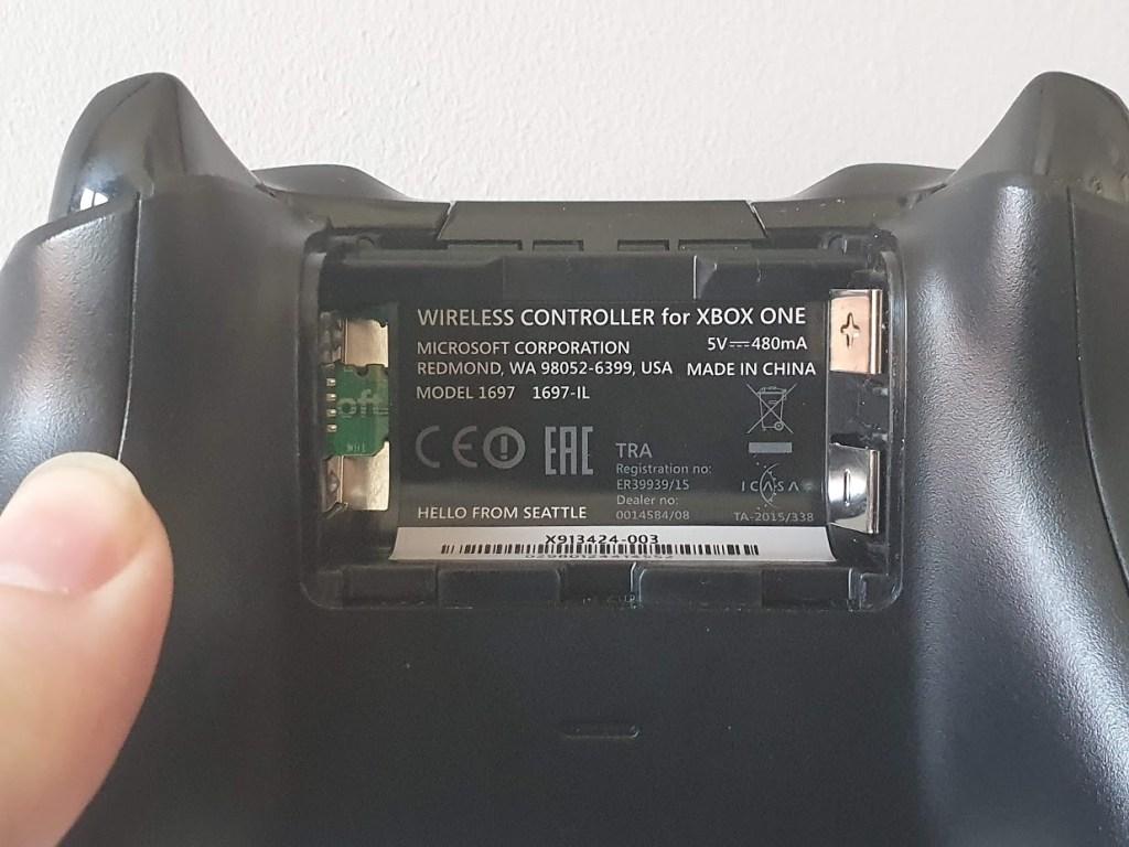 Non-Bluetooth Xbox controller